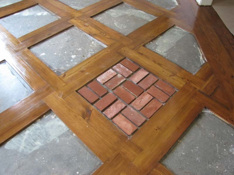 Old St Louis Antique Brick Floor Tile With Flooring